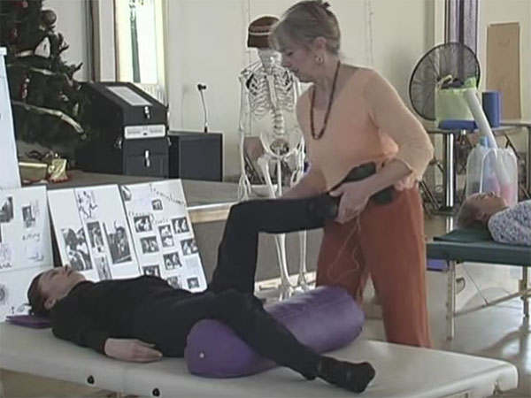 Rocky Mtn 1 Feldenkrais<sup>®</sup>: Moving leg to access hip